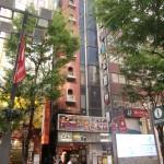JR新宿駅東口徒歩3分 J1ビル 貸ビル・テナント等はJ-groupホールディングス株式会社へ